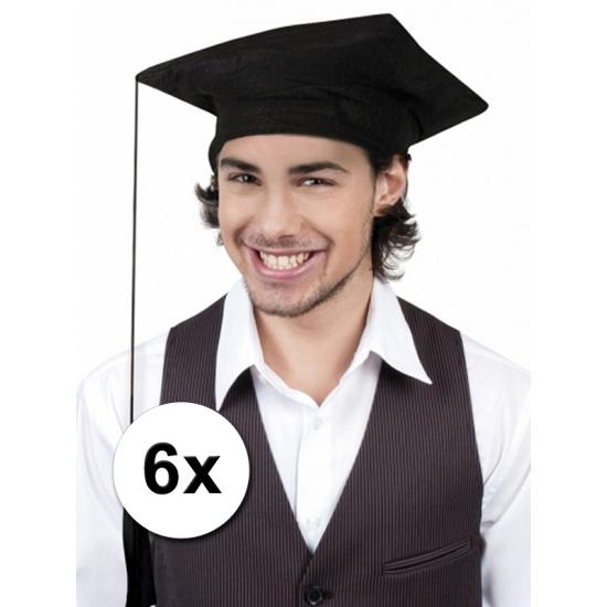 6x Afstudeer hoedjes geslaagd