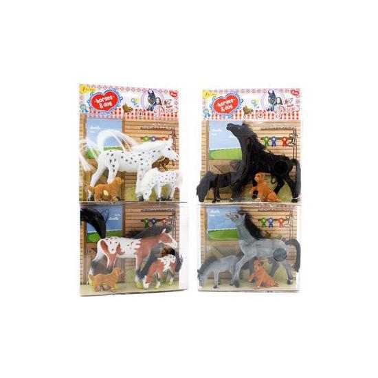 Bruin wit paard paard met veulen en hond