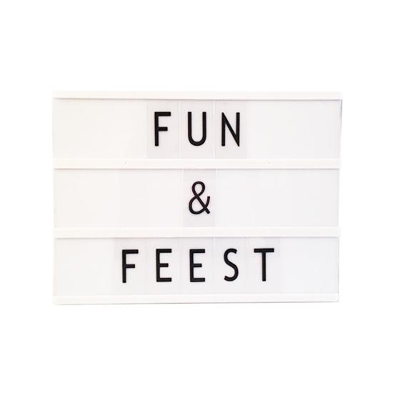 Deco lichtbak met letters A4 (bron: Feestartikelen-winkel)