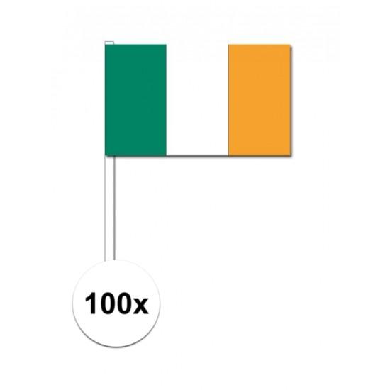100x Ierse zwaaivlaggetjes 12 x 24 cm