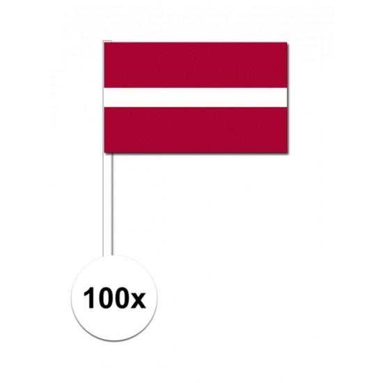 100x Letlandse zwaaivlaggetjes 12 x 24 cm