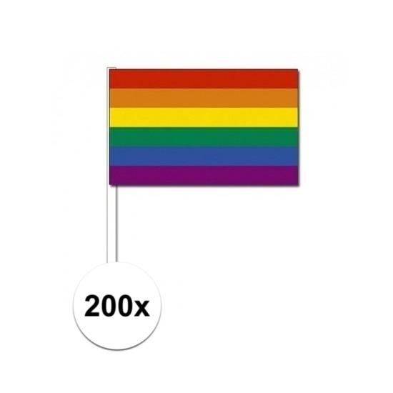 200x Zwaaivlaggetjes met regenboog 12 x 24 cm