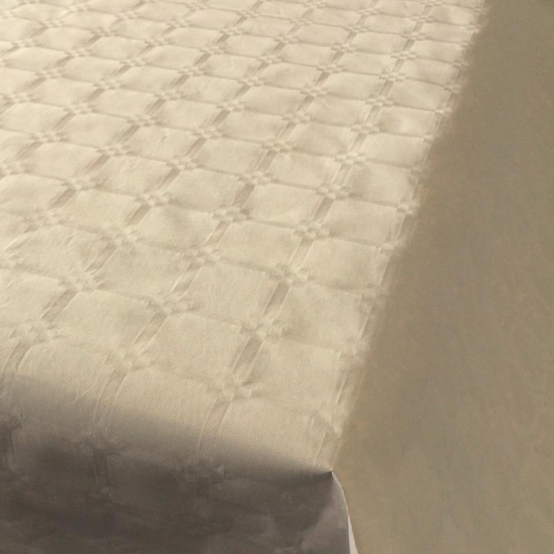 2x Beige papieren tafellakens/tafelkleden 800 x 118 cm op rol