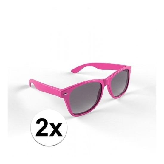 2x Hippe roze zonnebrillen voor volwassenen