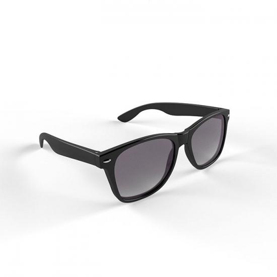 Hippe zonnebril met zwart montuur
