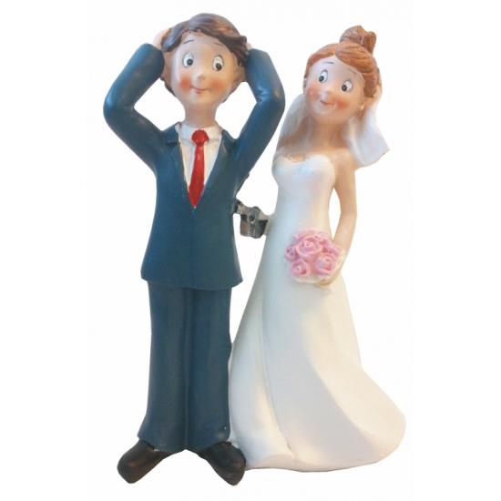 Trouwfiguurtje bruidspaar bruid met pistool 14 cm