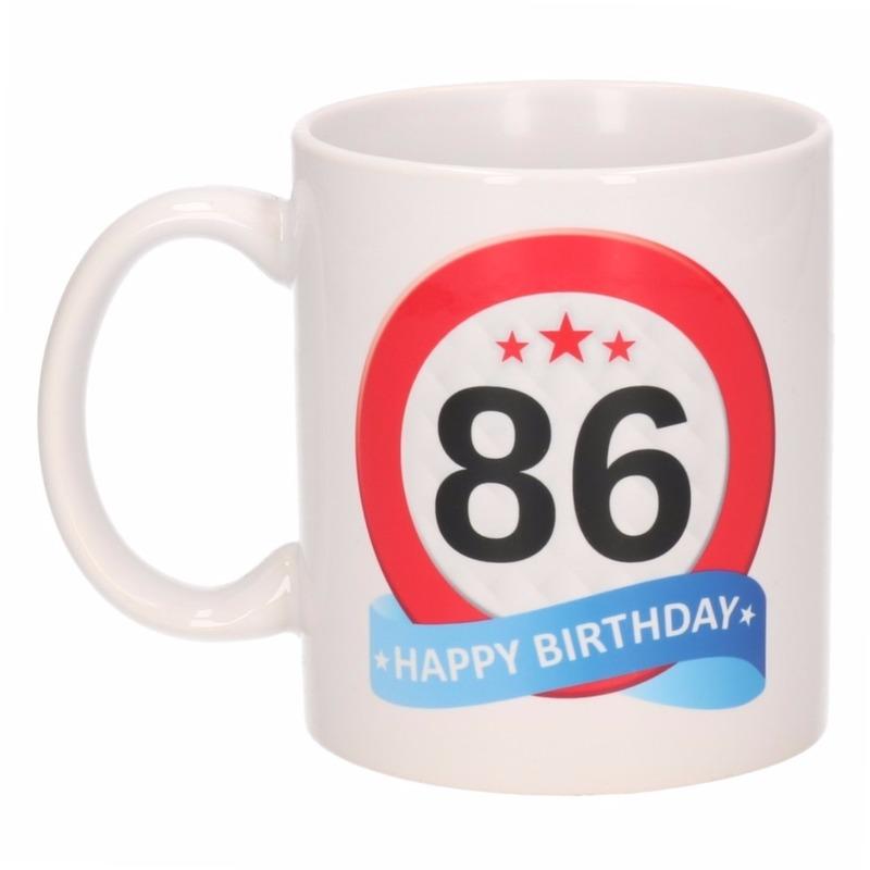 Verjaardag 86 jaar verkeersbord mok - beker