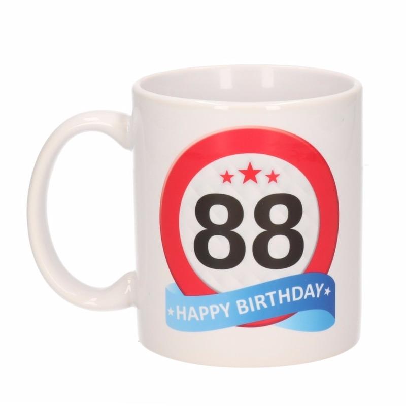 Verjaardag 88 jaar verkeersbord mok - beker