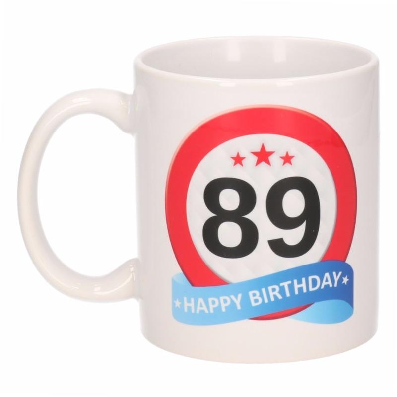Verjaardag 89 jaar verkeersbord mok - beker