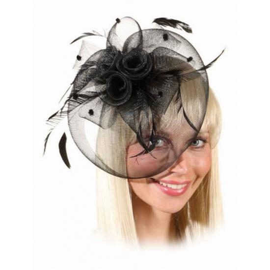Mini hoed met zwarte rozen op kam